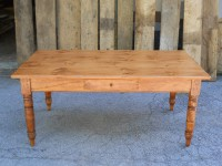 Pine Williamsburg with Drawer