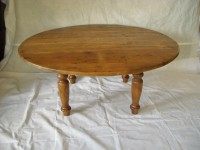 Thick Antique Pine Round Irish Immigrant