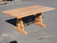 Thick Maple Iron French Trestle