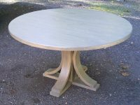 Thick Maple Round Koch Pedestal